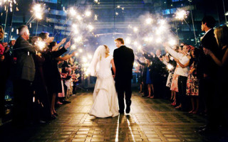 600x600_1366172662713-firework-wedding
