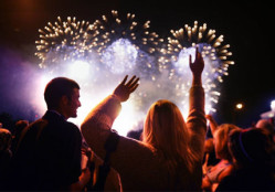 enjoy-4th-of-july-with-your-family-and-friends